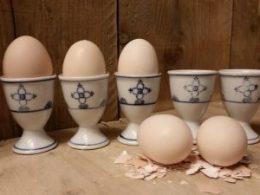 Set van 5 antieke eierdopjes Blau Saks