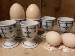 Set van 6 eierdoppen op een voetje Blau Saks