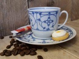 Koffiekopje, kop met schotel  gestempeld Bareuther