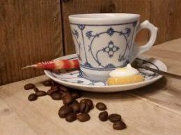 koffiekopje Kop en schotel  Blau Saks Jäger of Kahla