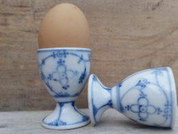 Setje van 2 eierdoppen op een voetje, bedrukte voetjes!