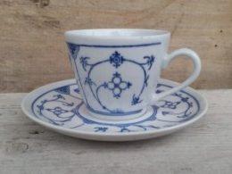 Koffiekopje, kop en schotel blau SaksJager, aparte serie!!