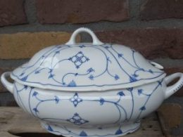 Antieke soepterrine, Blau Saks, saksisch blauw
