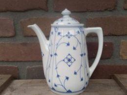 Prachtige antieke koffiepot Oscar Schaller Blau Saks 1,5 liter