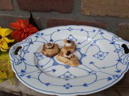 Koekjesschaal, presentatieschaal Blauw saks antiek