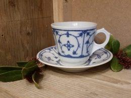 koffiekopje, kop en schotel  Blau Saks Eisenberg DDR of jager ouder model