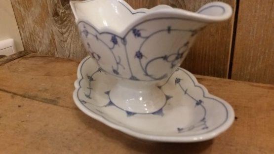 Blau saks antieke sauciere, sauskom geschulpt