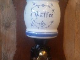 koffiemolen blau saks ( aparte ronde vorm)