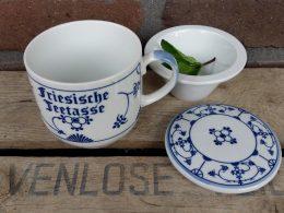 Thee-beker friesische teetasse Blauw saks  met blauw handvat