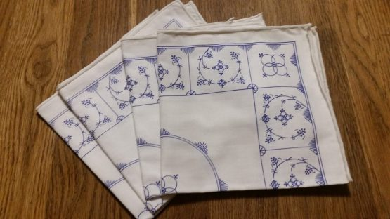 Set van 4 stuks katoenen servetten 37 cm x 37 cm blauw saks Jager