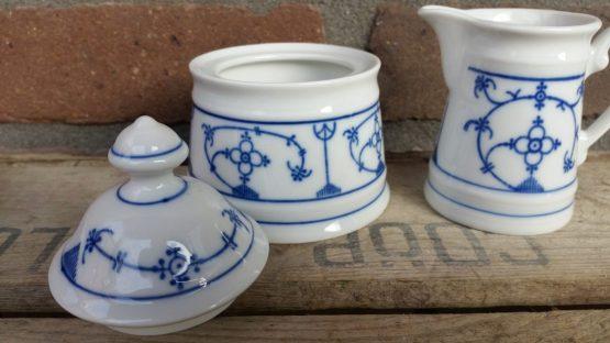 blauw saks mokka roomstel, suikerpotje en melkkannetje Winterling
