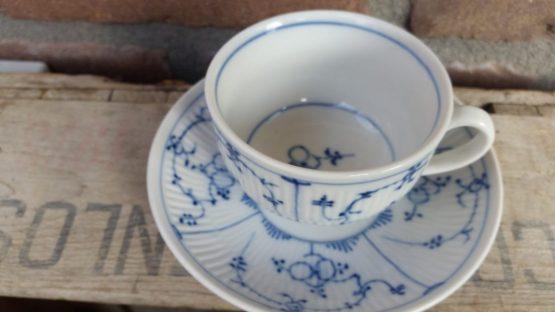 Blauw saks Rauenstein kop met schotel