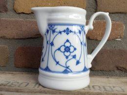Blauw saks grote melkkan Indisch blau kronester Bavaria
