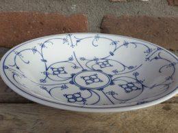 Blauw saks soepbord Form Marienbad ingres weiss