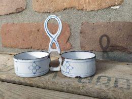 Blauw saks emaille houder  voor zout en peper