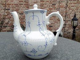 blauw saks koffiekan aardewerk Boch