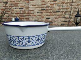 Blauw saks emaille steelpan, steelpannetje  16 cm