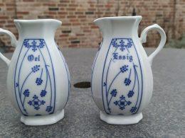 Saksisch Blauw olie kannetje en azijn kannetje RB