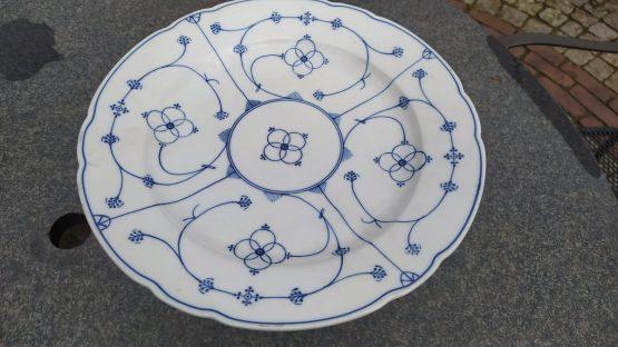 Blauw saks geschulpte gebakschaal, koekschaal.