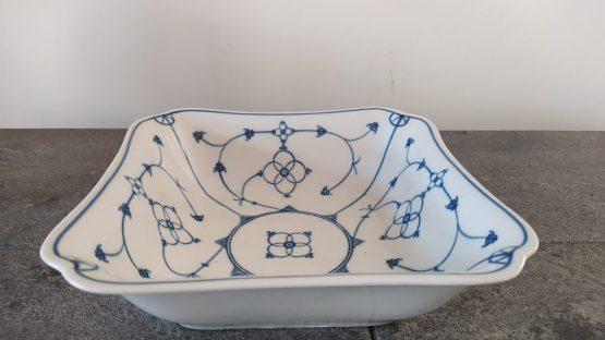 Blauw saks vierkante antieke schaal